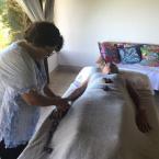 Terapeuta inaugura pousada-clínica e oferece tratamentos holísticos em Chapada dos Guimarães