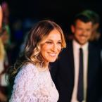 Bruna Marquezine, Camila Queiroz, Sarah Jessica Parker e mais celebridades vão a desfile da Intimissimi na Itália