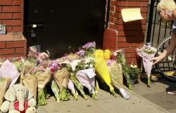 """Primeira-ministra diz que atropelamento em Londres foi """"ataque terrorista contra a comunidade muçulmana"""""""