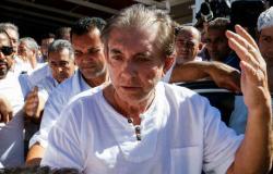 João de Deus se entrega à polícia após ter prisão decretada