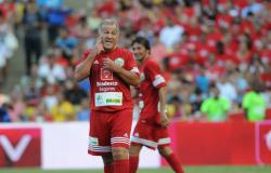 Dois de Zico e vaias a Renato Gaúcho: Jogo das Estrelas no Maracanã