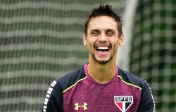 Após Barcelona, Rodrigo Caio fica perto do Flamengo