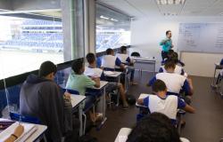 Google firma parceria com Escola Arena na Edução para inserir alunos na era digital