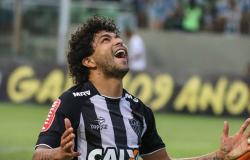 Corinthians costura troca de Romero por Luan; paraguaio não joga mais no clube