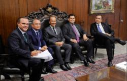 Wellington lidera bloco de 8 senadores no Congresso