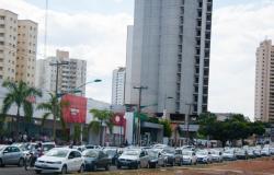 Mais de 70 mil contribuintes que não pagaram IPVA em janeiro podem entrar na dívida ativa