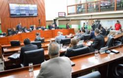 """TJ aponta """"enriquecimento ilícito"""" e barra VI de R$ 48 mil aos vereadores de Cuiabá"""
