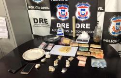 Quatro são presos manipulando entorpecentes que seriam comercializados em Várzea Grande