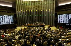 Plenário da Câmara conclui votação de MP da regularização ambiental