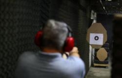 Bolsonaro pede que população cobre senadores sobre decreto de armas