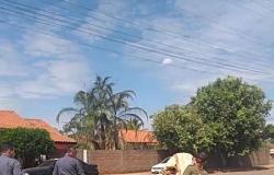 Homem é preso pela PM ao furtar 30 quilos de fios de cobre de empresa de energia