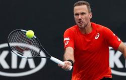 Bruno Soares vence Novak Djokovic nas duplas do Aberto de Tóquio