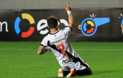 Vasco busca série de vitórias consecutivas para subir na tabela