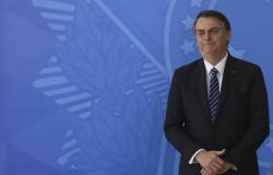 Bolsonaro chega ao Japão em giro por Asia e Oriente Médio