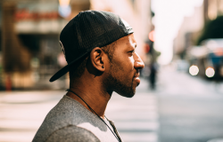 Desigualdades por cor ou raça: Taxa de homicídio de pretos ou pardos é quase três vezes maior que a de brancos