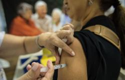 Credibilidade de vacinas é menor entre homens e jovens, diz pesquisa