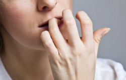 """PSICOLOGIA: Menos estigma e mais aceitação: a importância de dizer """"tenho ansiedade"""""""
