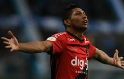 Caso Rony: Corinthians tem 1 dia para conseguir dinheiro e Palmeiras só aguarda