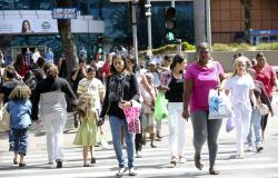 Taxa de desemprego cai no país e fecha 2019 em 11,9%