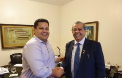 """""""Nosso general em MT, chama-se Julio Campos"""", afirma Davi Alcolumbre"""