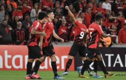 Libertadores: Athletico-PR derrota Peñarol na Arena da Baixada
