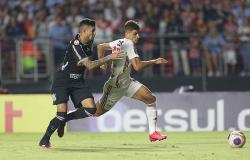 Federações estaduais suspendem campeonatos Gaúcho e Paulista