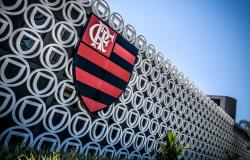 Flamengo faz exames e 38 funcionários testam positivo para a covid-19
