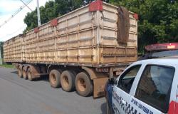 Em poucas horas, policiais do 24 º BPM localizaram carreta e S10 roubadas