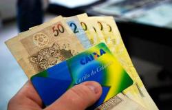 Prazo para saque de abono salarial 2019/2020 termina hoje