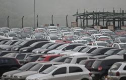 Produção de veículos tem queda de 50,5% no 1º semestre