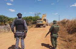 Batalhão Ambiental da PM fecha garimpo ilegal em Novo Mundo