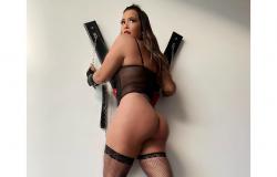 """Com lingerie fio-dental, Geisy Arruda ostenta corpão em foto ousada e fã elege: """"Bumbum mais lindo do Brasil"""""""