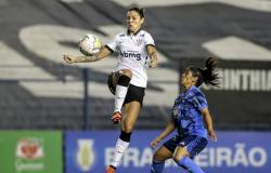 Com golaços, Corinthians goleia Cruzeiro pelo Brasileiro Feminino