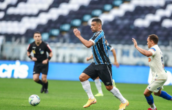 Após sair atrás, Grêmio empata com Fortaleza em Porto Alegre