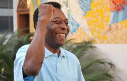 Aos 80 anos, Pelé é homenageado pela Fifa