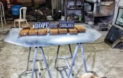 Cavalaria prende quatro e descobre oficina que preparava carros para transportar drogas
