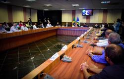 Prefeitos afirmam que governador de MT cumpre os compromissos firmados