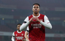 Brasileiro Gabriel Magalhães desfalca Arsenal por contato com covid-19