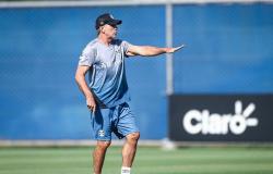 Com covid-19, Renato Portaluppi não comandará Grêmio na Libertadores