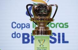 Vasco e Tombense decidem vaga na terceira fase da Copa do Brasil
