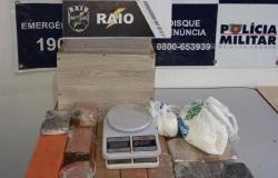 Policiais do Raio apreendem mais de dez quilos de drogas na região do Rio Cuiabá