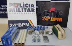 PM aborda suspeito empurrando motocicleta e descobre tráfico de droga em Cuiabá