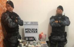 Pai e filho são presos drogas, armas, 1,3 mil munições e R$ 14 mil