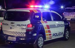 Bandidos invadem empresa e trocam tiros com a polícia na Capital