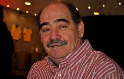Rivellino, 74 anos. ídolo do Timão, Flu, futebol Árabe e campeão na copa de 70
