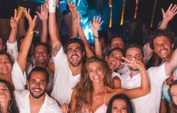 Caio Castro e Grazi Massafera surgem juntos em fotos da virada