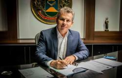 Mauro Mendes toma posse como presidente do Consórcio Brasil Central