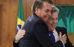 Mauro topa desafio de Bolsonaro para baixar imposto dos combustíveis desde que MT receba FEX atrasado e compensações