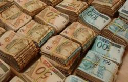 Contas públicas fecham novembro com déficit de R$ 909 milhões