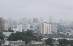 Cuiabá teve a manhã mais fria do ano e temperatura deverá permanecer baixa.